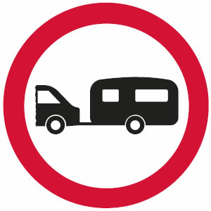 No towed caravans sign