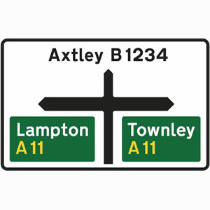 Non-primary route sign with primary routes to left and right