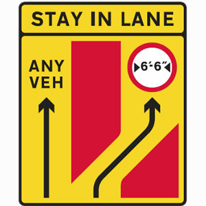 Traffic lanes seperate sign
