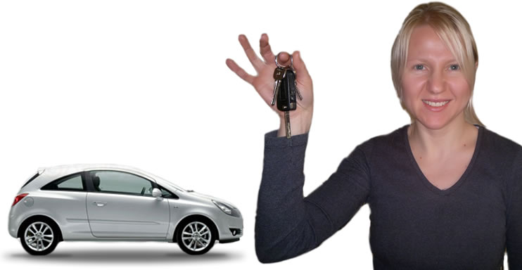 Woman holding her car keys