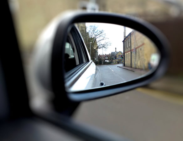 Driving without a wing door mirror driving test tips - Mirror opposite front door ...
