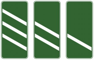 Dual carriageway countdown marker signs