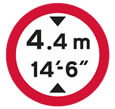 Vehicles over 4.4 metres (14 foot 6 inches) in height prohibited theory test sign